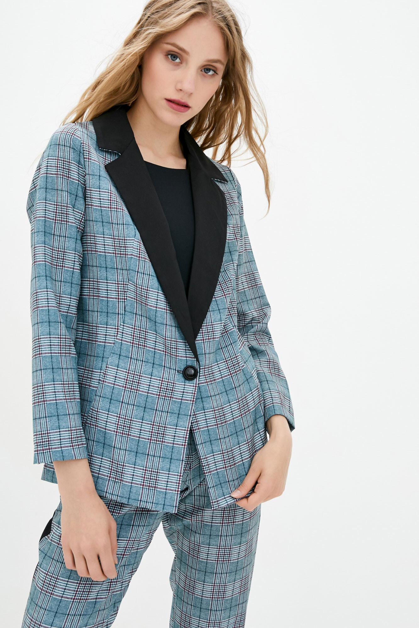 Клетчатый пиджак в стиле кэжуал