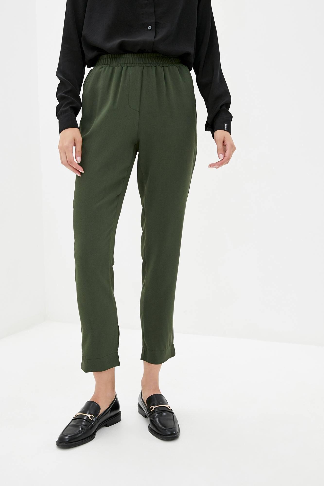 Зеленые прямые брюки высокой посадки из костюмки