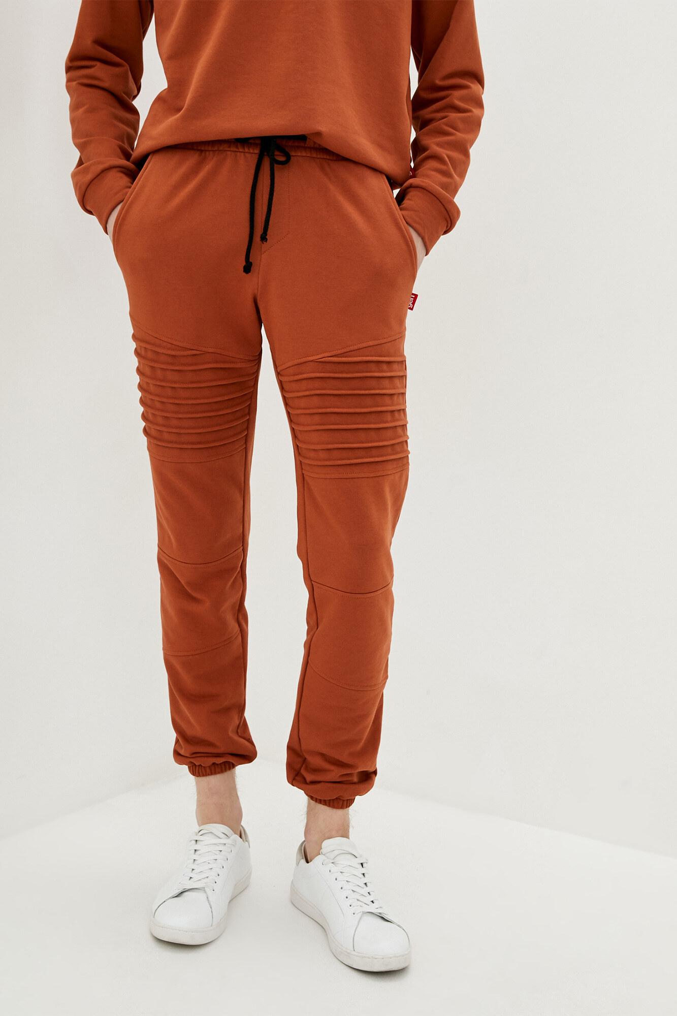 Спортивные штаны джоггеры в рыжем цвете GEN