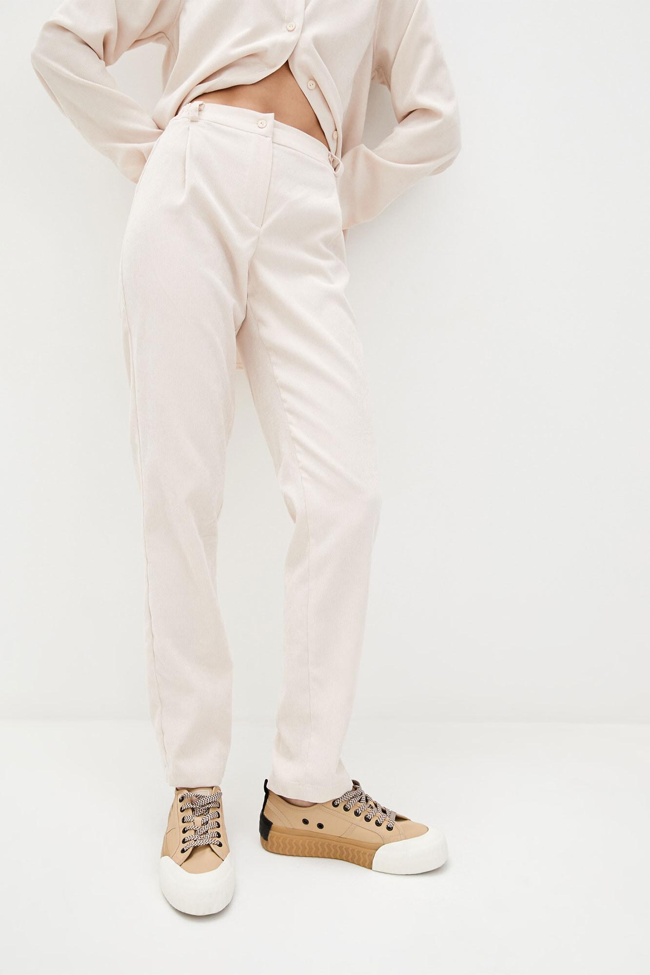 Высокие светлые зауженные штаны из вельвета GEN