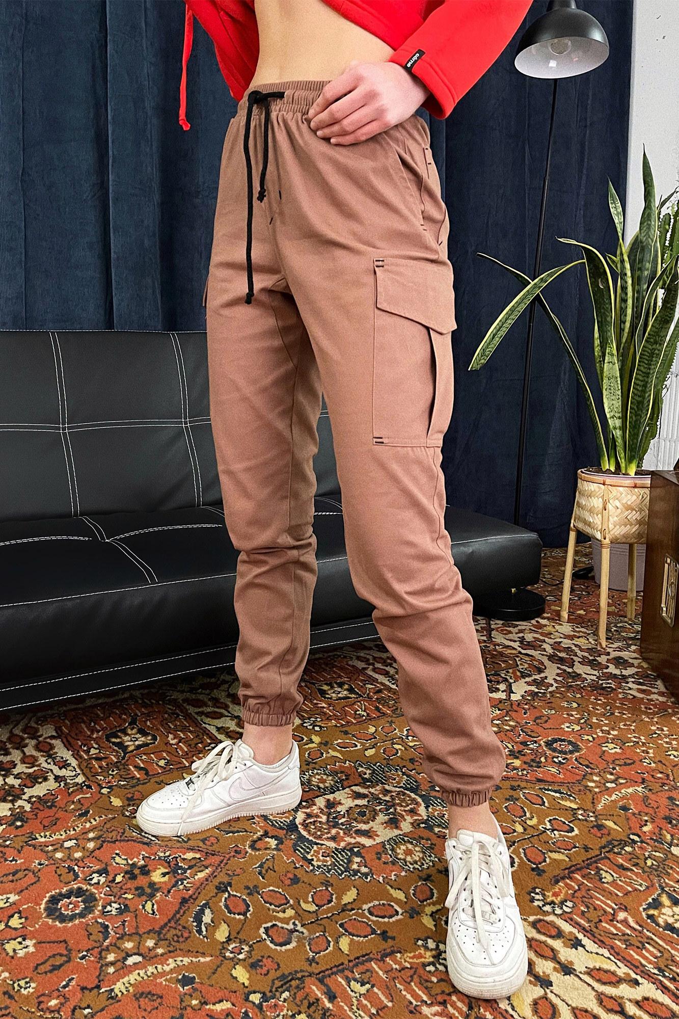 Женские коричневые коттоновые штаны джоггеры на манжетах