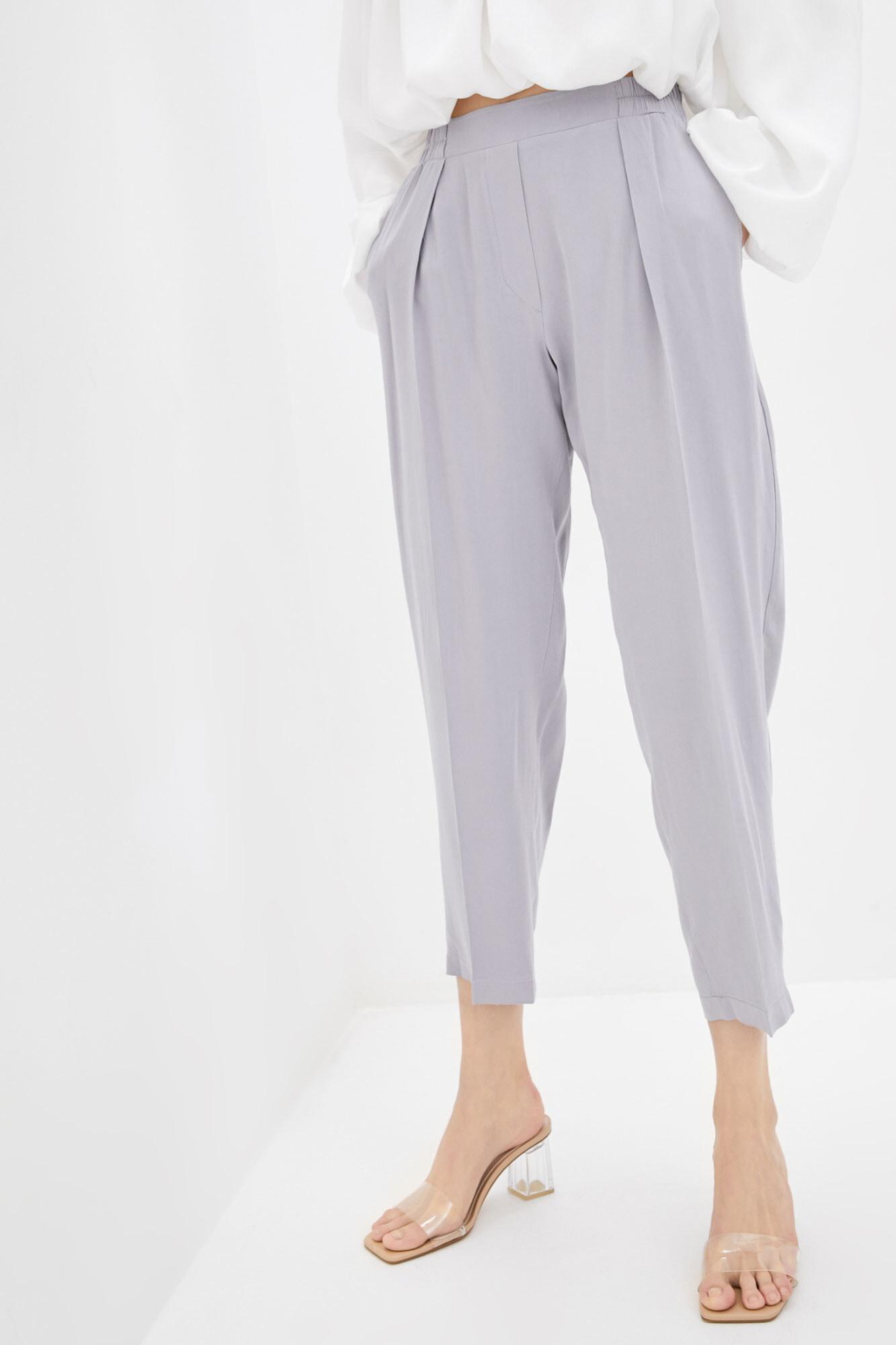 Штапельные штаны бананы серого цвета GEN