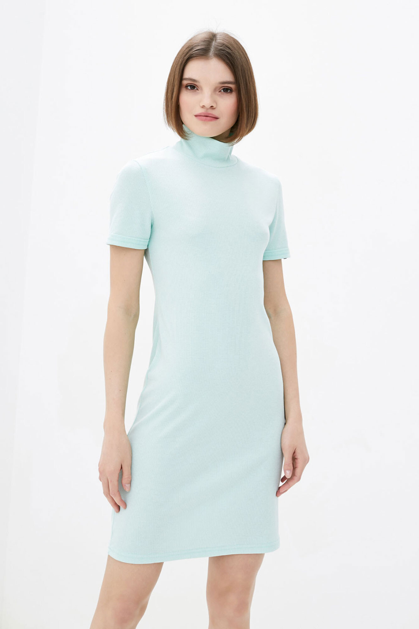 Голубое мини платье гольф с короткими рукавами GEN