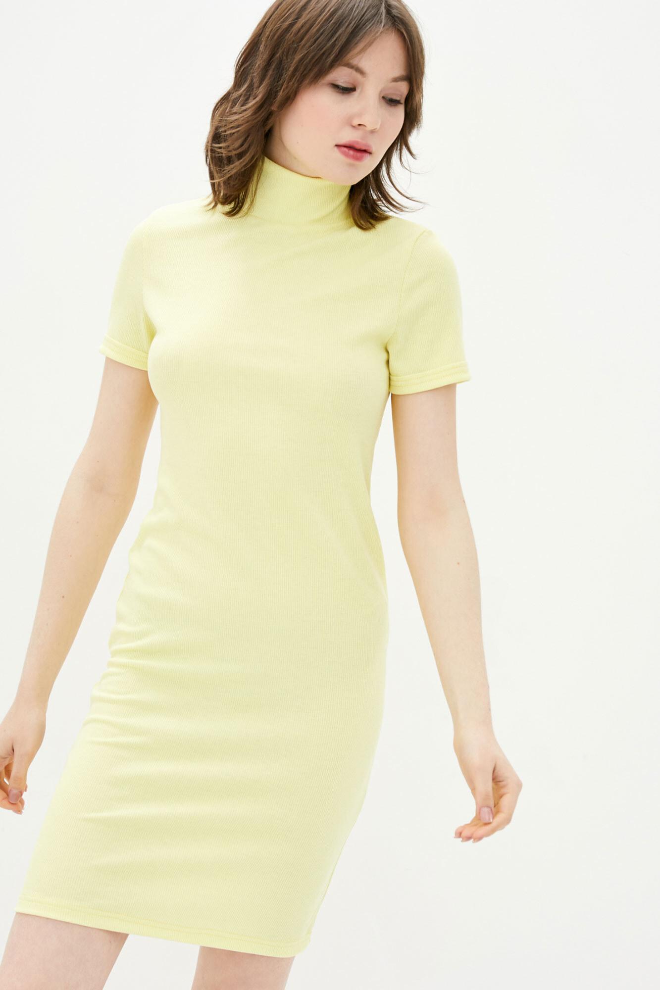 Желтое платье гольф с короткими рукавами GEN