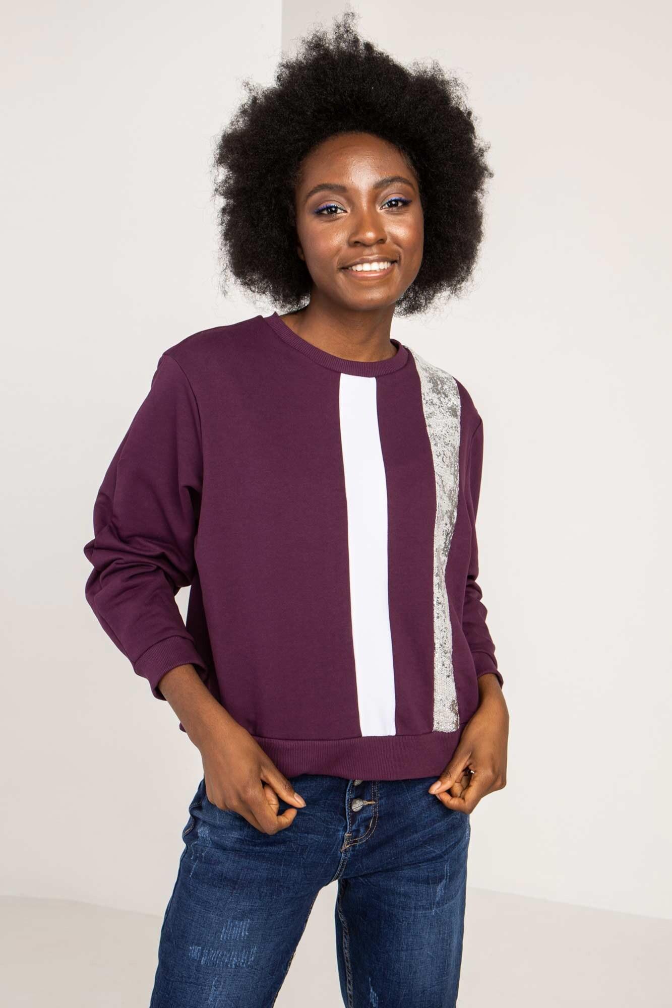 Трикотажный свитер фиолетовый с рефлективом