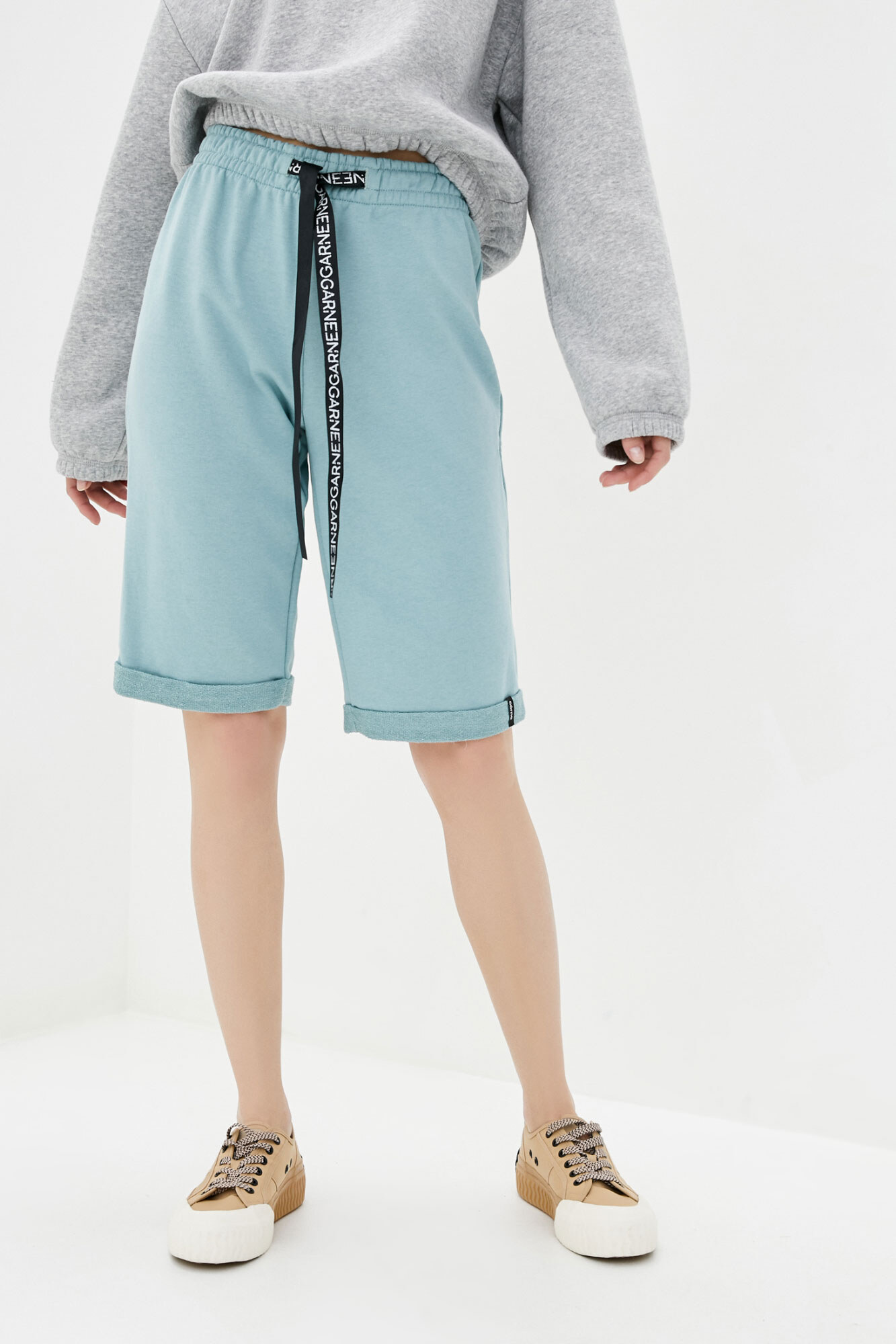 Высокие спортивные шорты мятные с завязками GEN