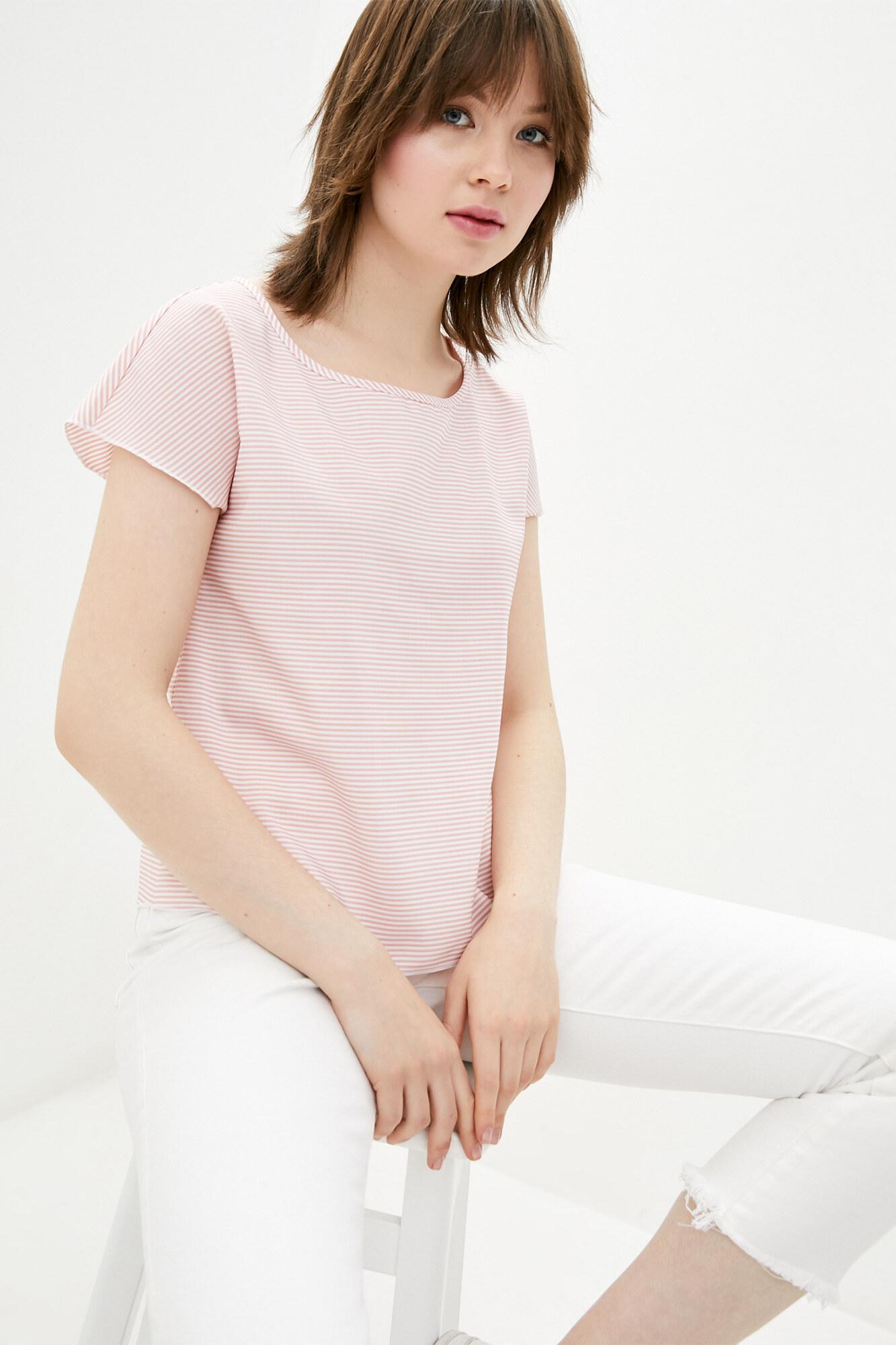 Трикотажная футболка в розовую полоску GEN